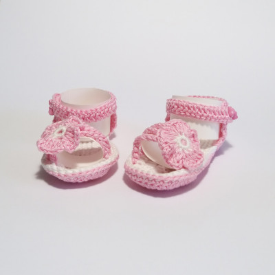 Pink baby sandals with flower