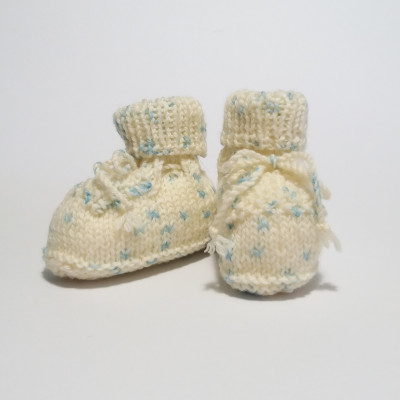 Cream and light blue classic baby shoes