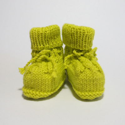 Green classic baby shoes