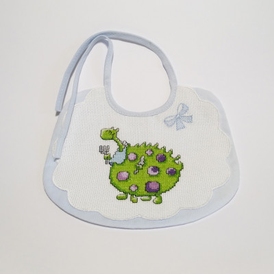Big embroidered bib