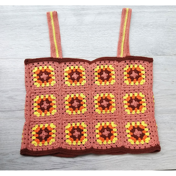 Kit granny square top with pattern